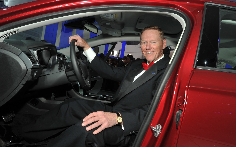 Ford CEO Alan Mulally Inside Car1