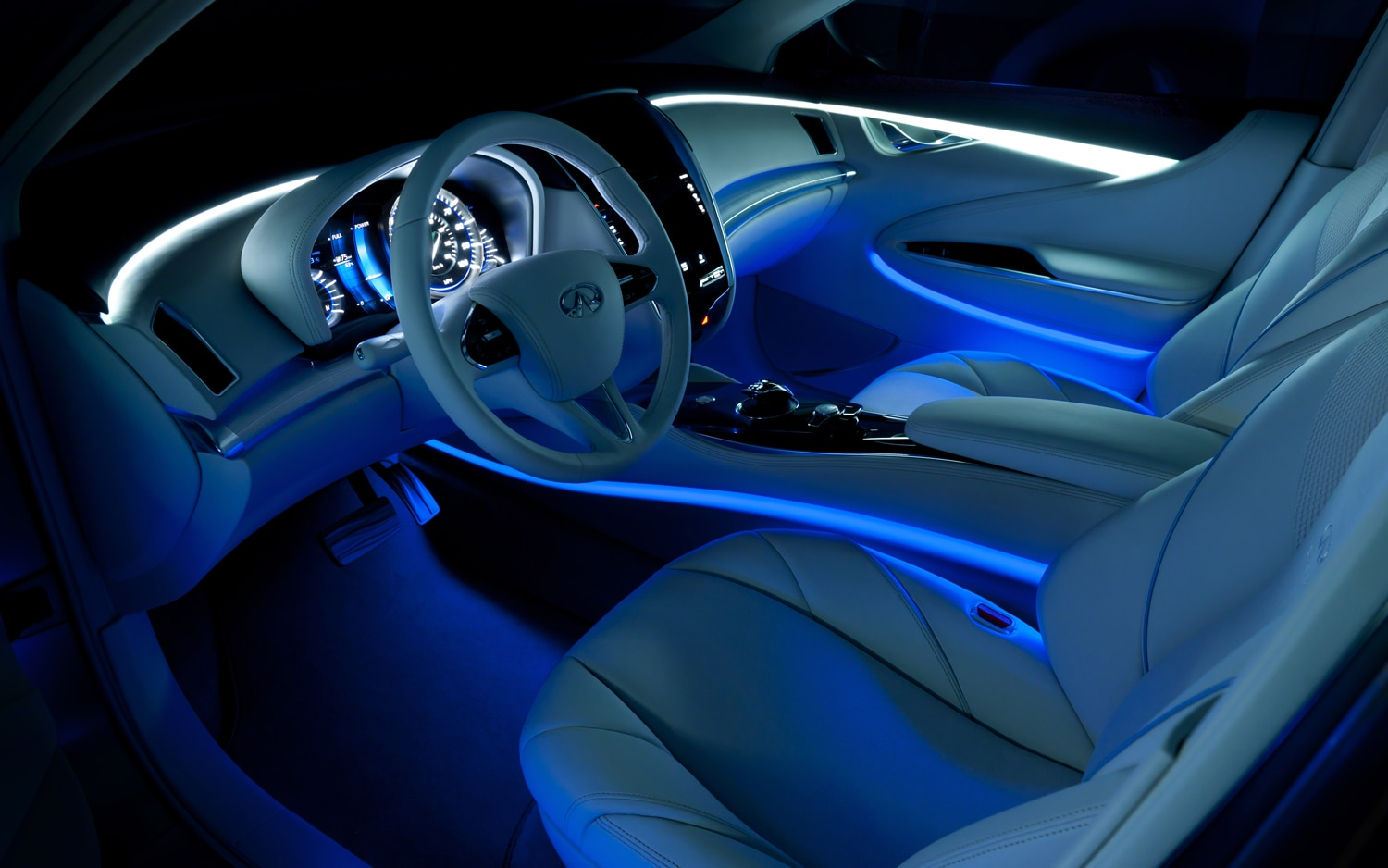 Infiniti LE Concept Interior With Ambient Lighting1