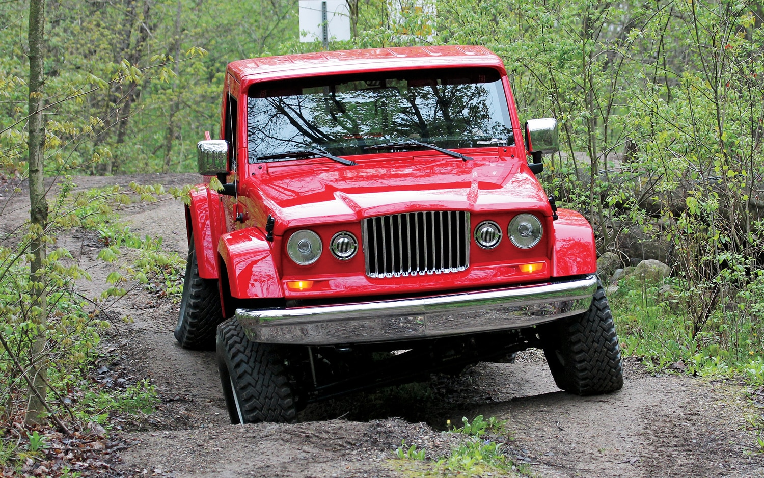 Jeep J 12 Front View1