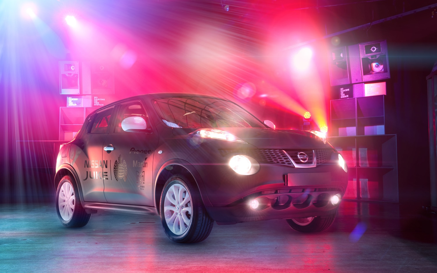Nissan Juke Box Right Front Ministry Of Sound Logo 11