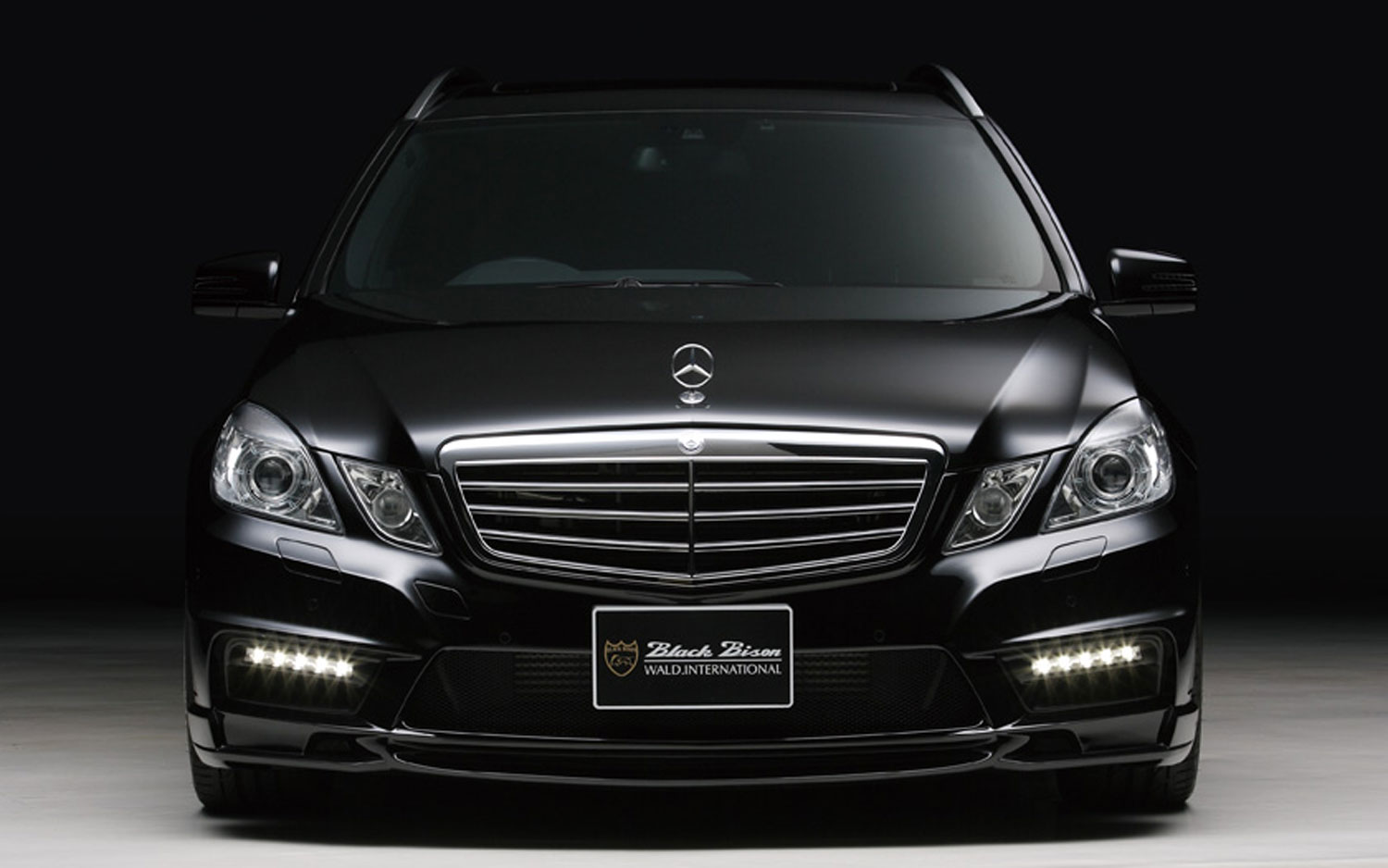Wald international pimps out mercedes benz e class wagon for 2012 mercedes benz e class e350
