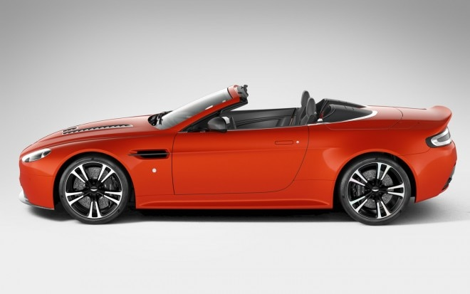 2012 Aston Martin V12 Vantage Roadster Left Side View11 660x413