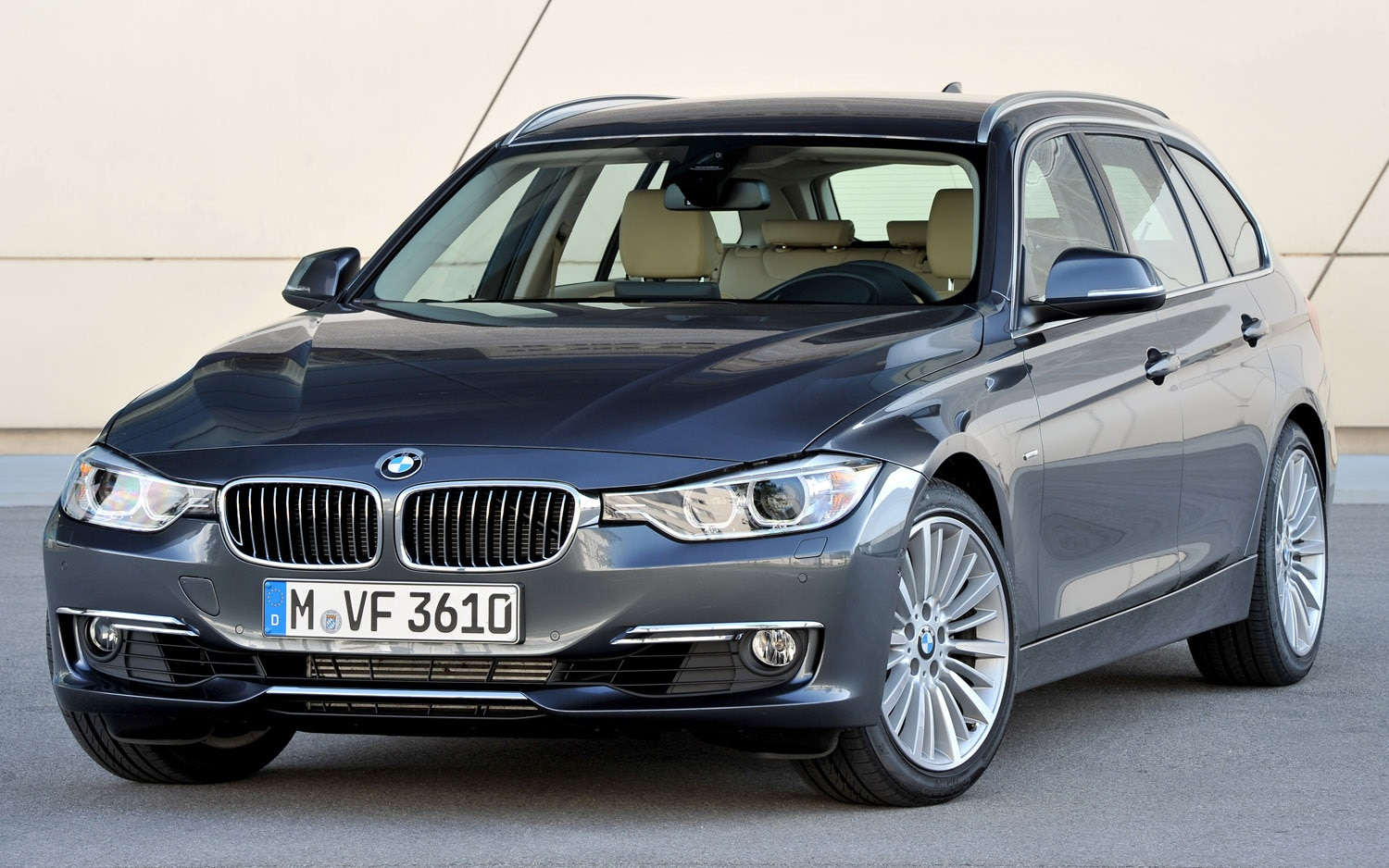 2012 BMW 3 Series Touring Front Three Quarter1