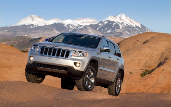 2012 Jeep Grand Cherokee Front Left View1 660x413
