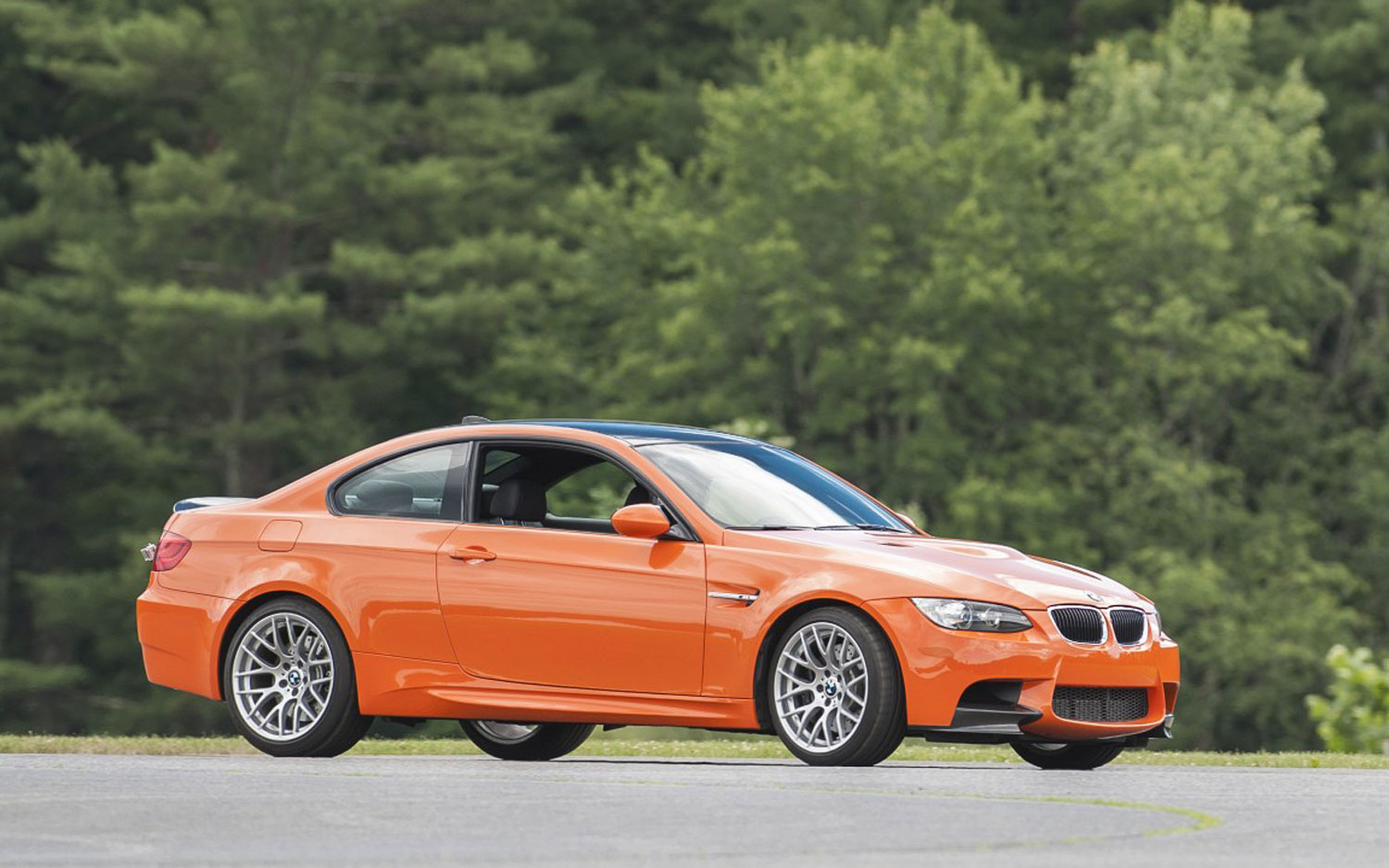 2013 BMW M3 Lime Rock Right Side Angle1