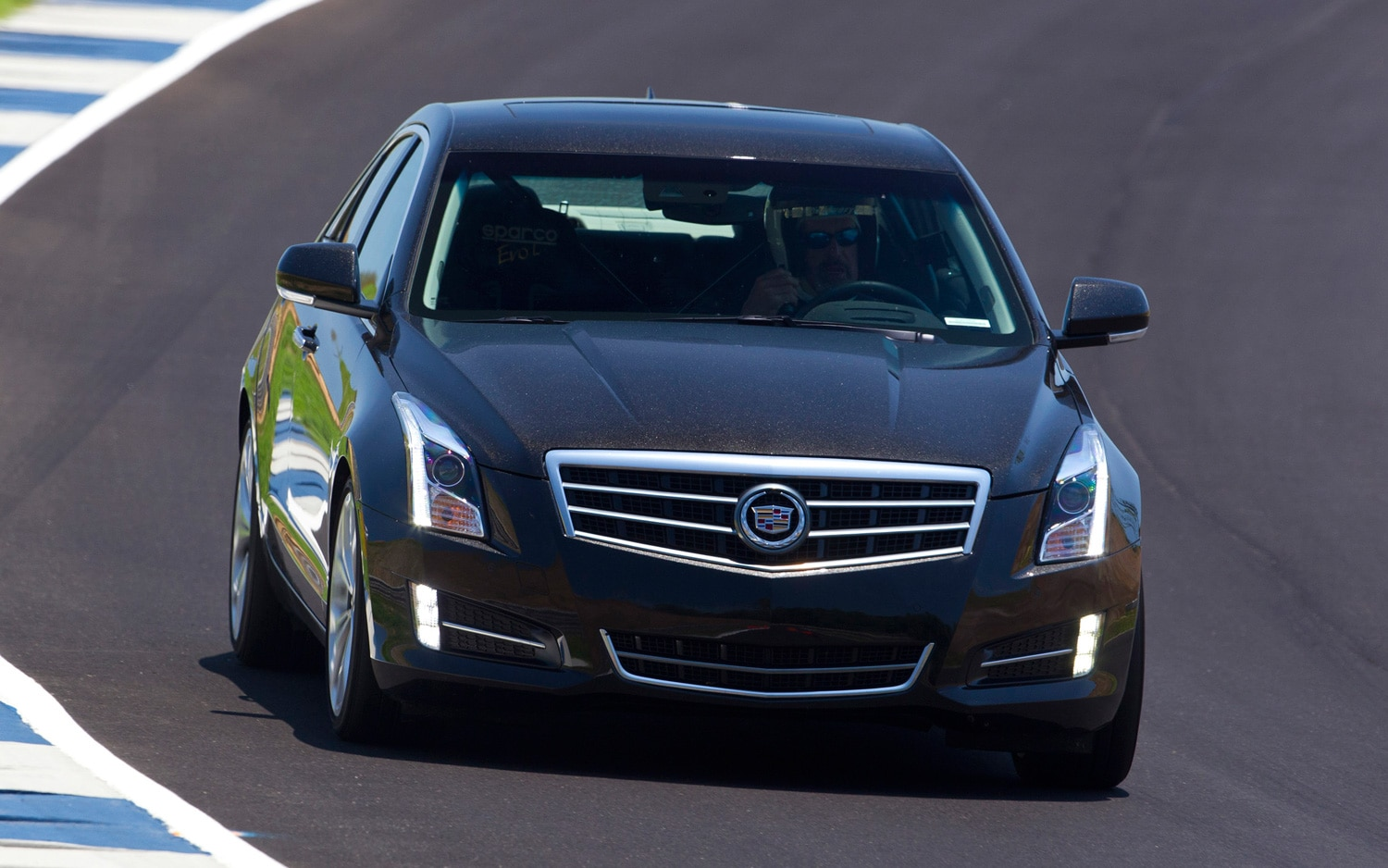 2013 cadillac ats base four cylinder rated at 22 33 mpg. Black Bedroom Furniture Sets. Home Design Ideas