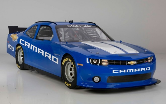 2013 Chevrolet Camaro NASCAR Nationwide Car Front Three Quarters View 21 660x413