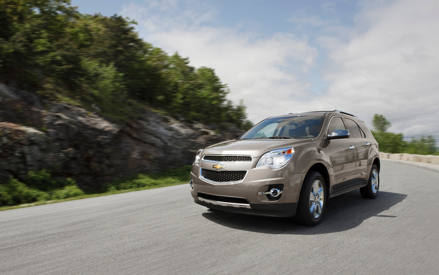 2013 Chevrolet Equinox LTZ 3 6 Front Left View1