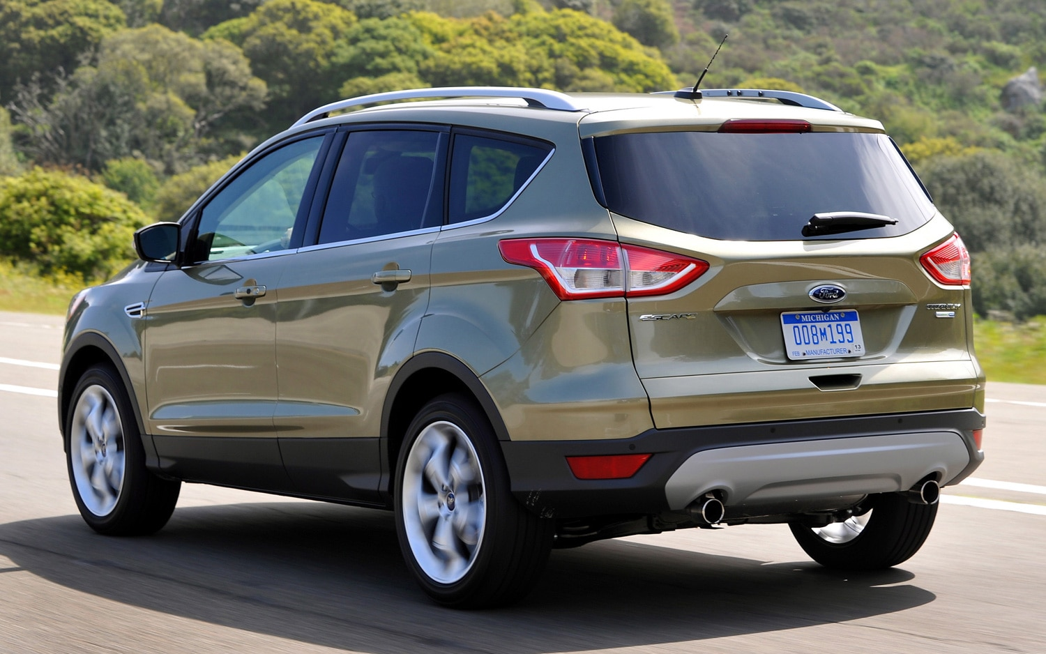 recall central ford recalls 2013 escape ecoboost models over fuel line issues. Black Bedroom Furniture Sets. Home Design Ideas