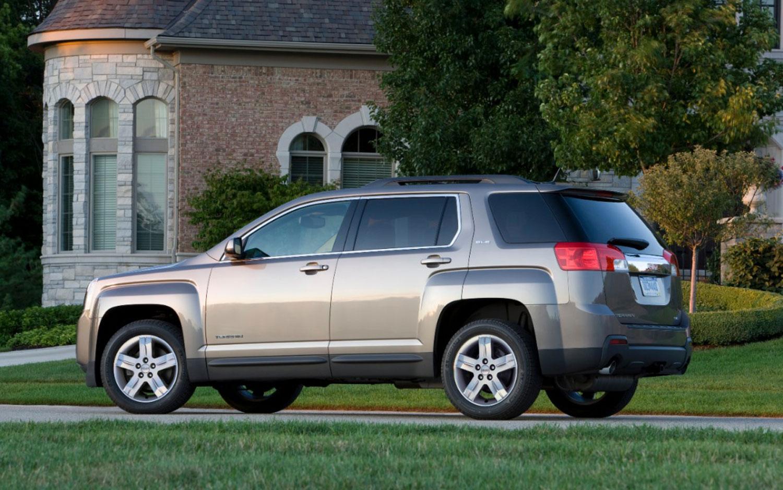 http://st.automobilemag.com/uploads/sites/11/2012/07/2013-GMC-Terrain-rear-three-quarter-view.jpg