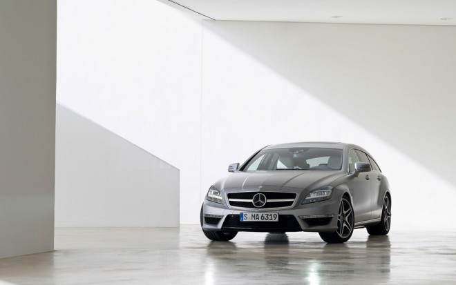 2013 Mercedes Benz CLS63 AMG Shooting Brake Front1 660x413