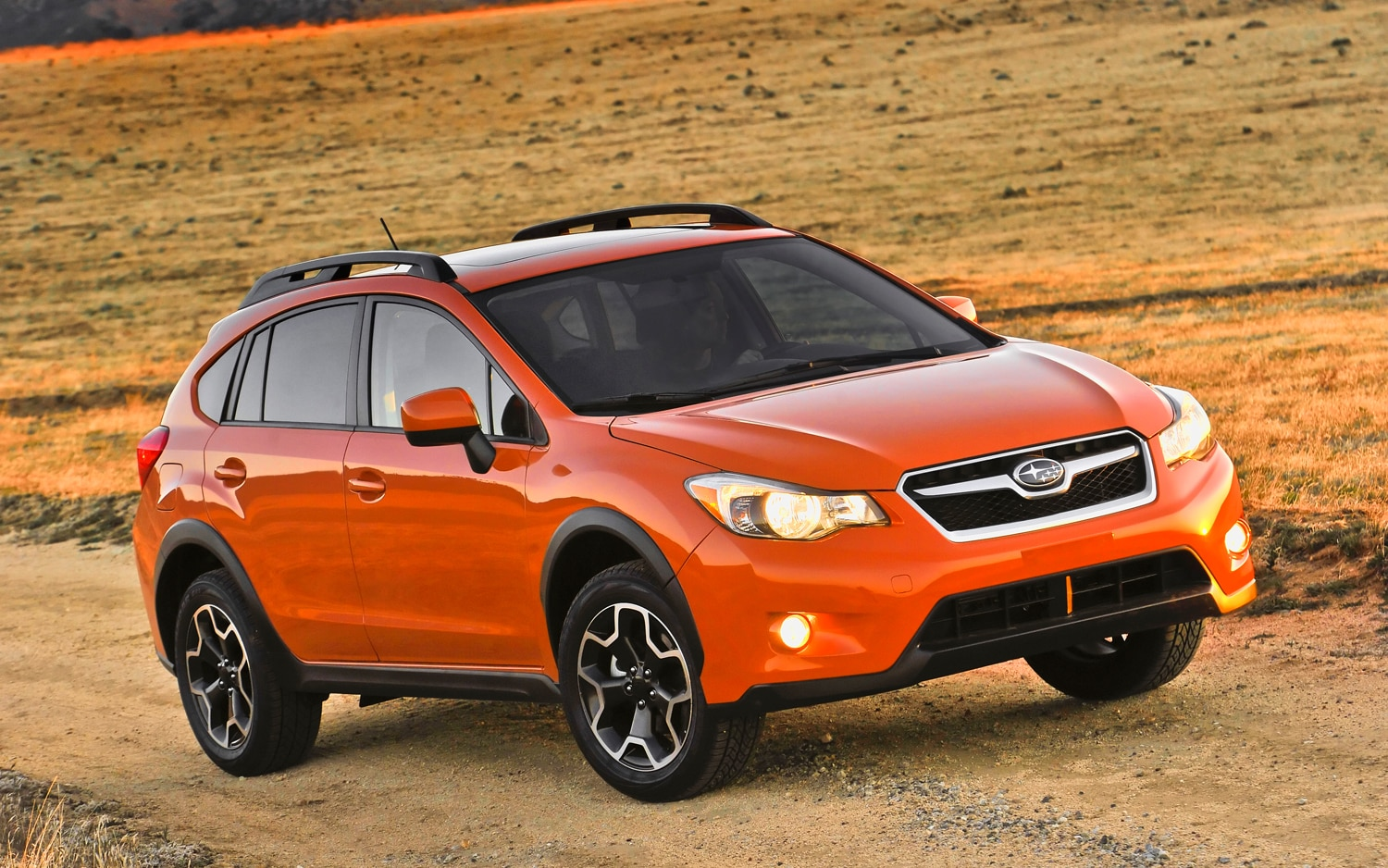 first drive 2013 subaru xv crosstrek automobile magazine. Black Bedroom Furniture Sets. Home Design Ideas