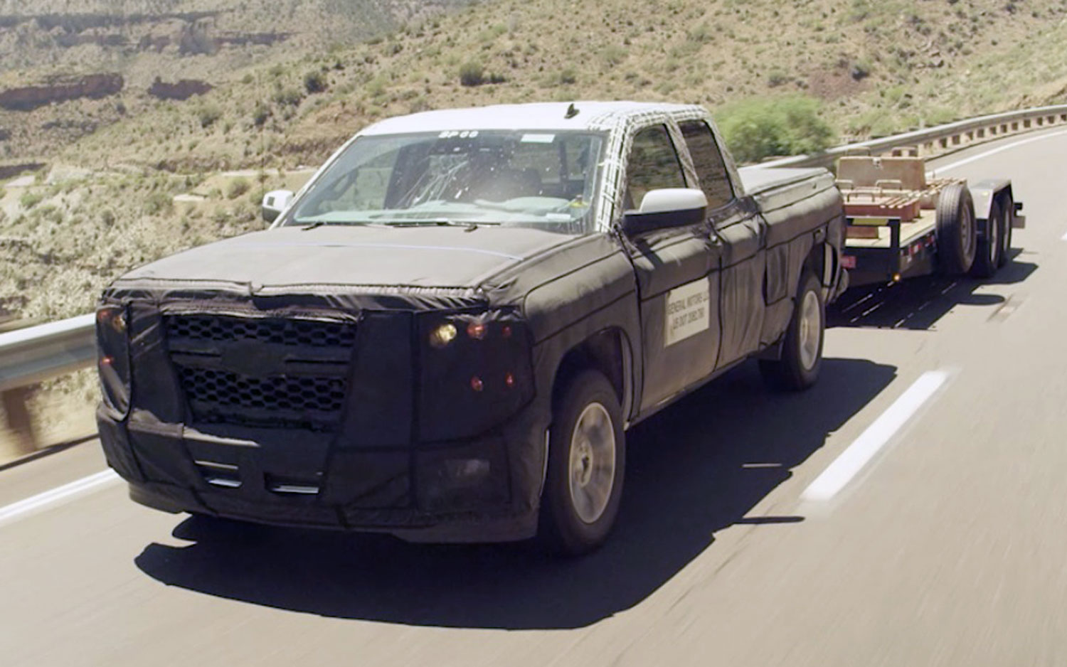 2014 Chevrolet Silverado Teaser With Trailer Front View1
