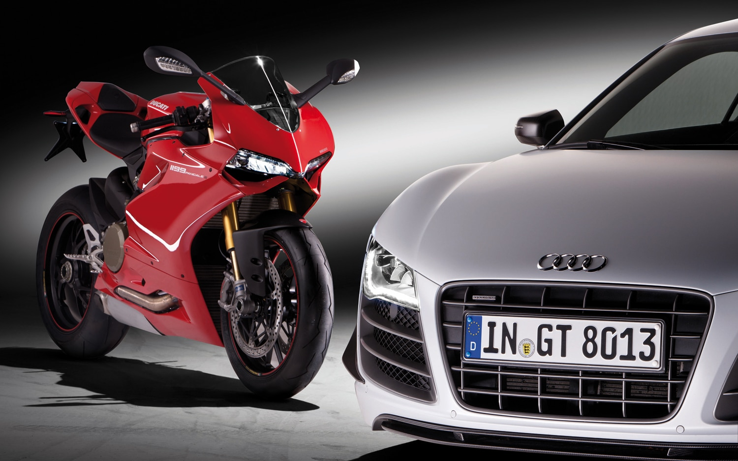 Audi R8 And Ducati Panigale1