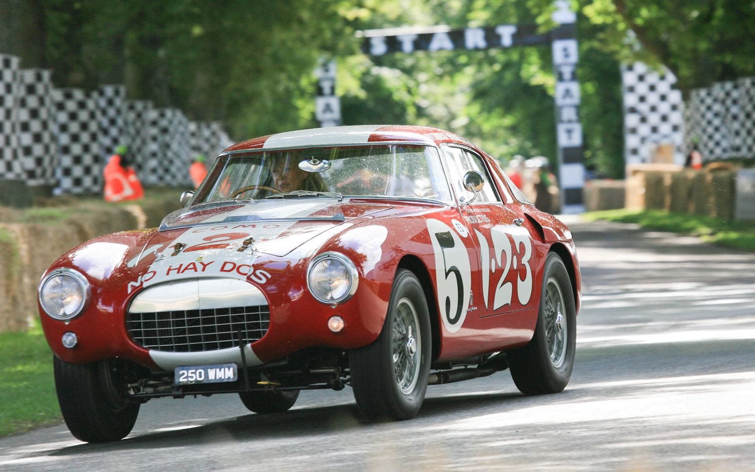 Ferrari 250 MM First Corner Goodwood Hill1
