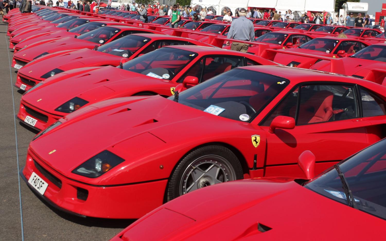 Ferrari F40 Parade 31