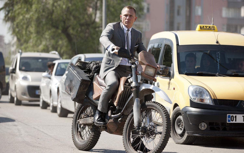Honda CRF250R Bike In Skyfall James Bond Film1