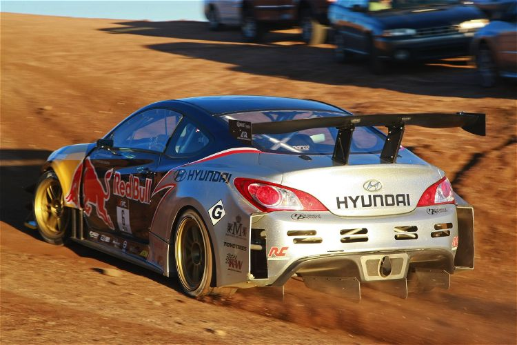 Hyundai Genesis Pikes Peak 04