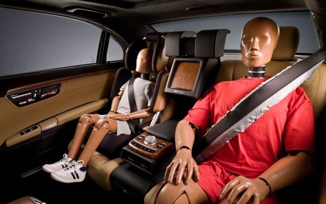 Mercedes Benz Beltbag System In ESF 2009 Concept1 660x413