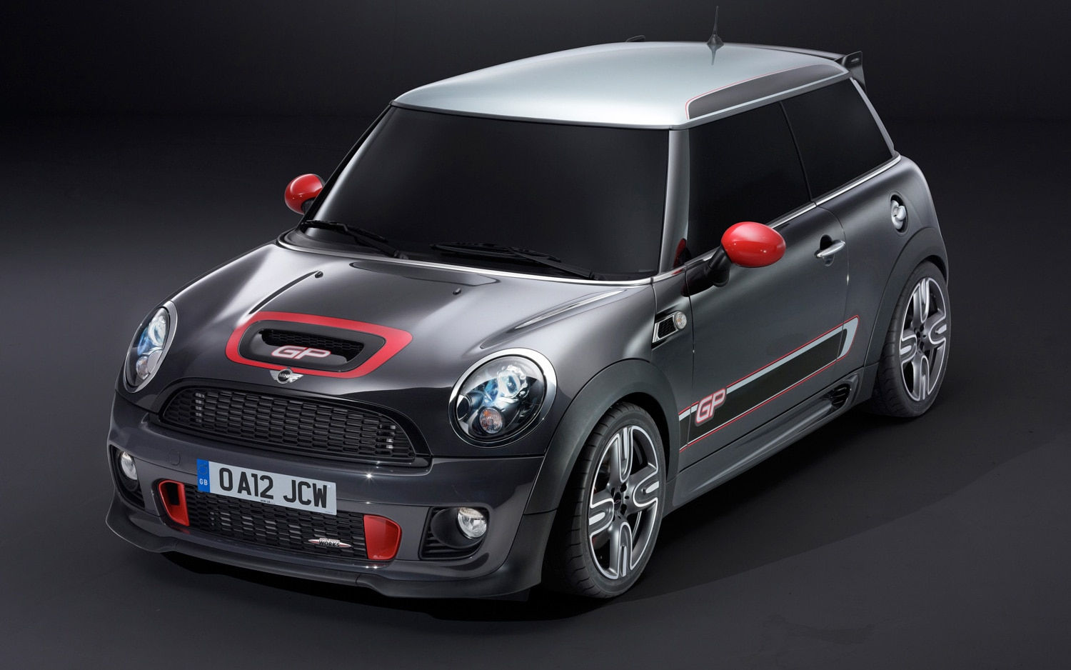 Mini John Cooper Works GP Front Three Quarter 31