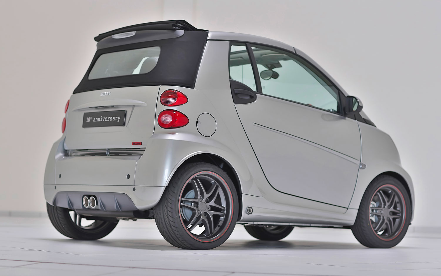 ten times fortwo special edition smart celebrates brabus fortwo history. Black Bedroom Furniture Sets. Home Design Ideas