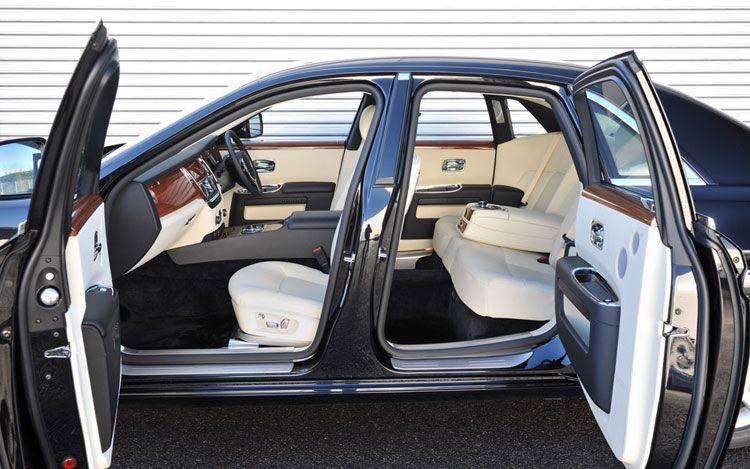 Erick Ayapana & Bentley Bully: Rolls-Royce Considering 600-hp Ghost Coupe