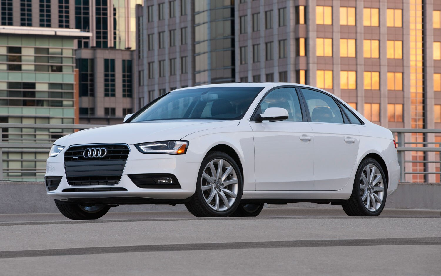 2012 Audi A4 Front Three Quarter View1
