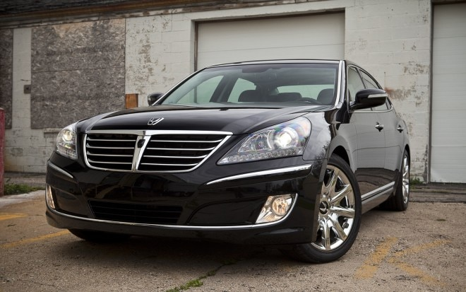 2012 Hyundai Equus Ultimate Front Left View1 660x413