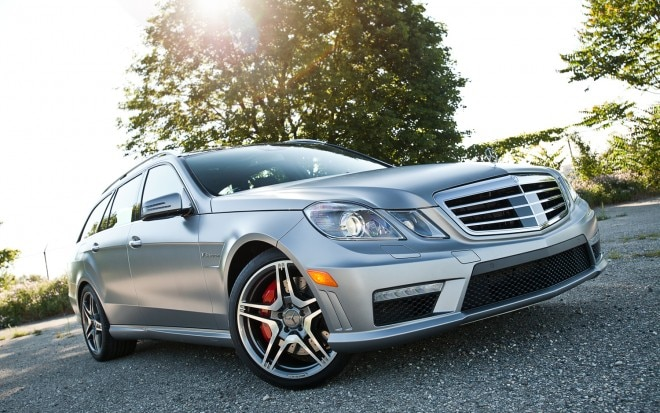 2012 Mercedes Benz E63 Wagon Front Right View1 660x413