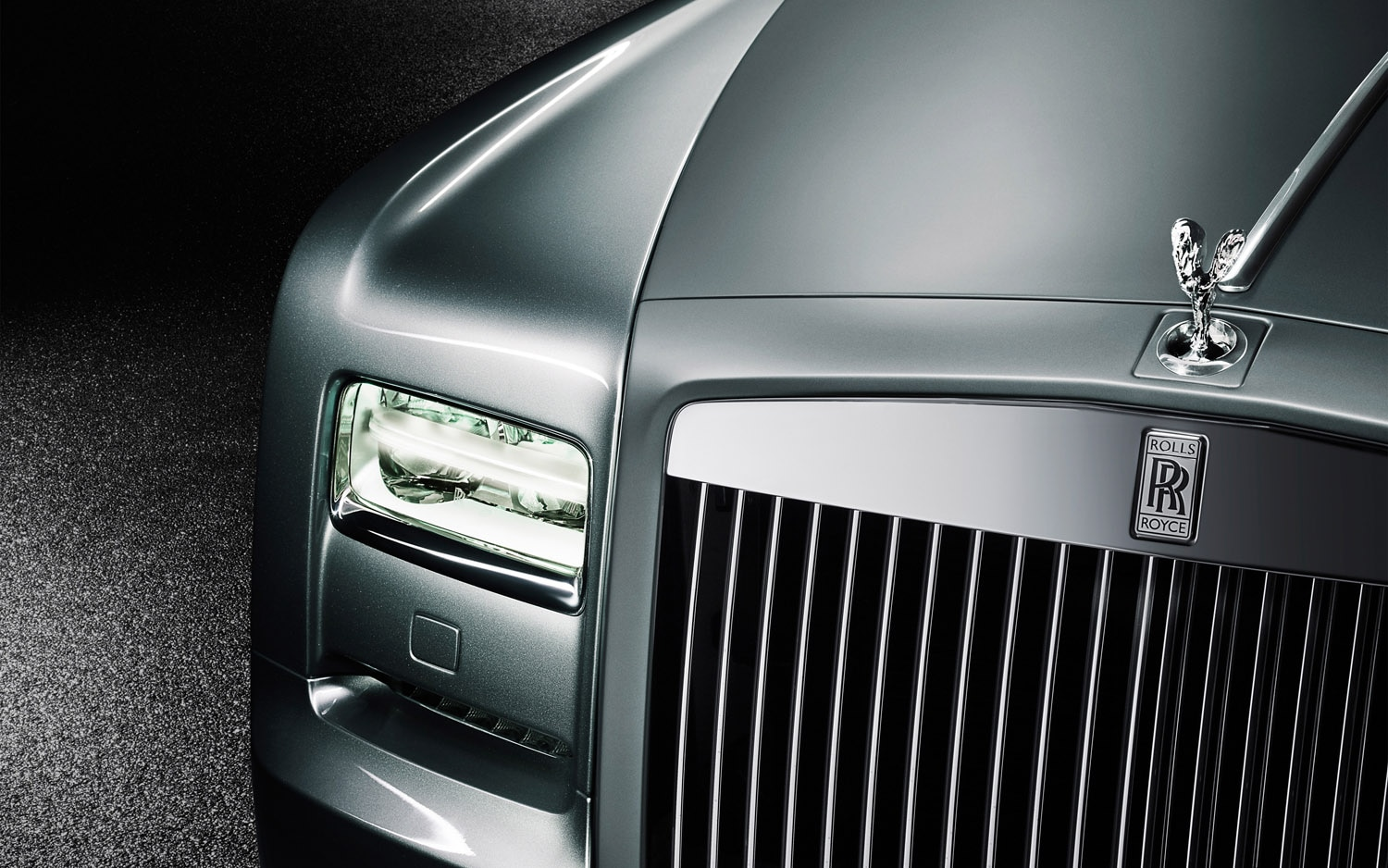2012 Rolls Royce Phantom Coupe Front End1