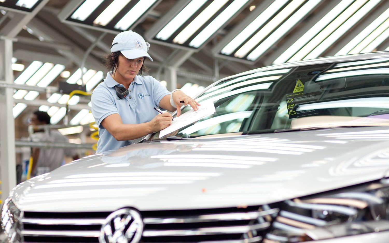 2012 Volkswagen Passat Assembly Line1