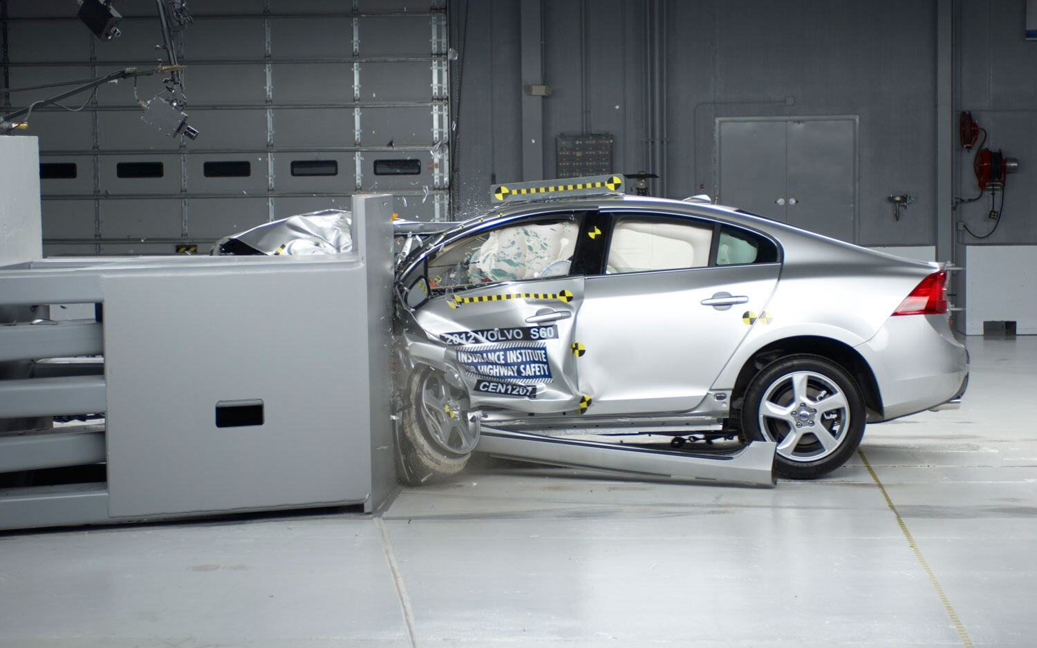 2012 Volvo S60 Small Overlap Crash Side View1