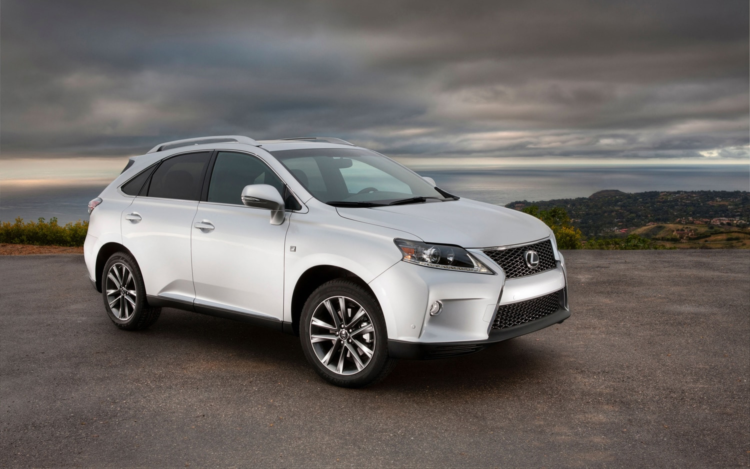 2013 Lexus RX 350 F SPORT Right Front 11