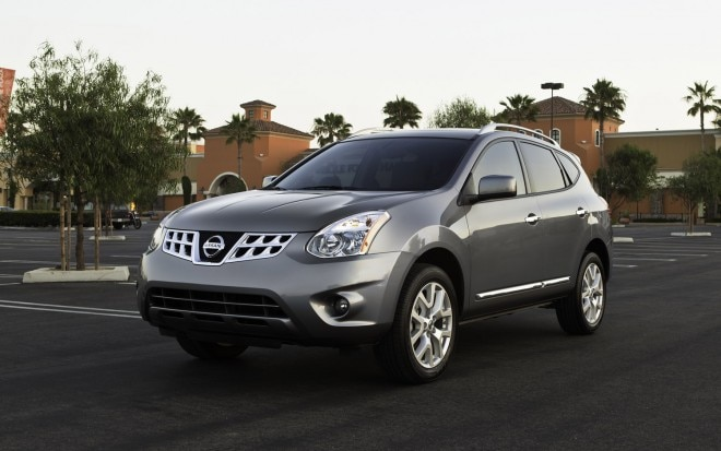 2013 Nissan Rogue Front Three Quarter1 660x413