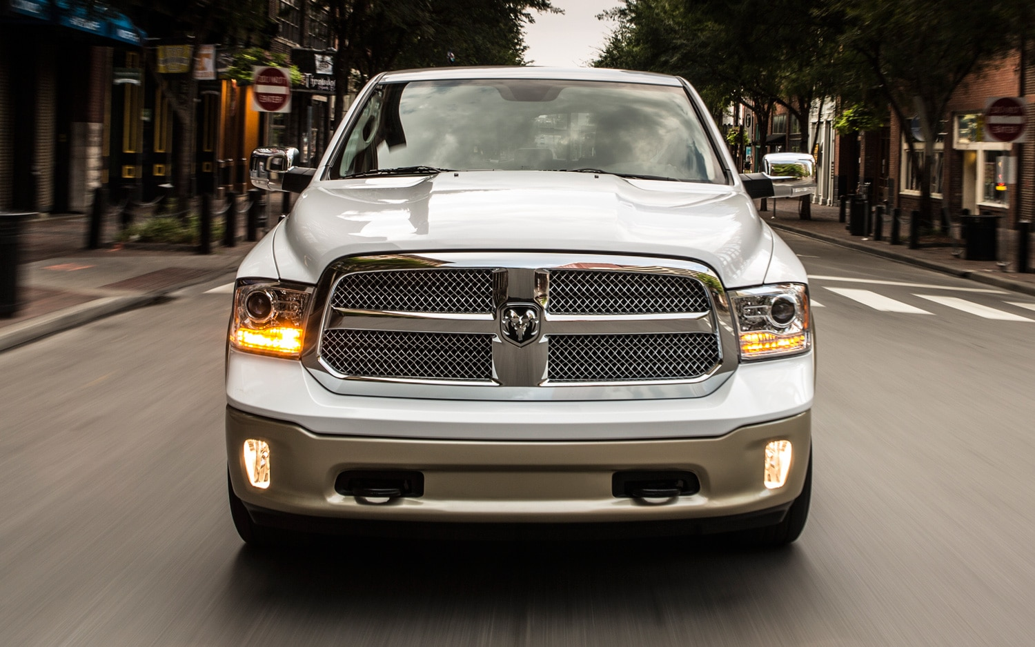 2013 Ram 1500 Front Profile View1