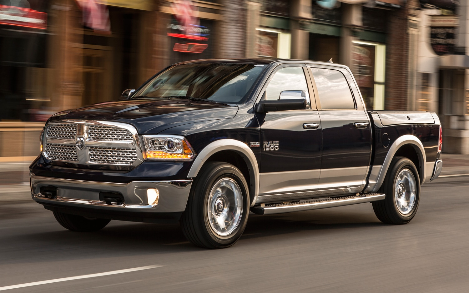2013 Ram 1500 Front Three Quarters View In Motion1