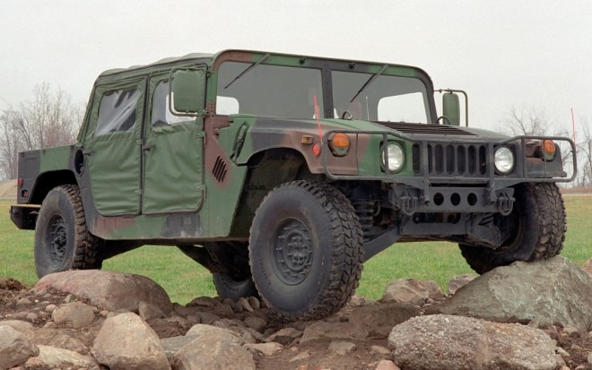 AM General Humvee Front Three Quarters View1 660x413