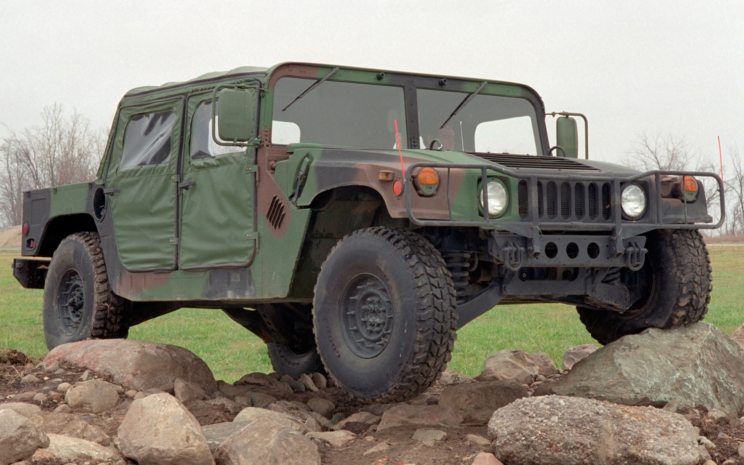 AM General Humvee Front Three Quarters View1