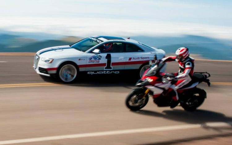 Audi RS5 And Ducati 1200 Multistrada Motion1