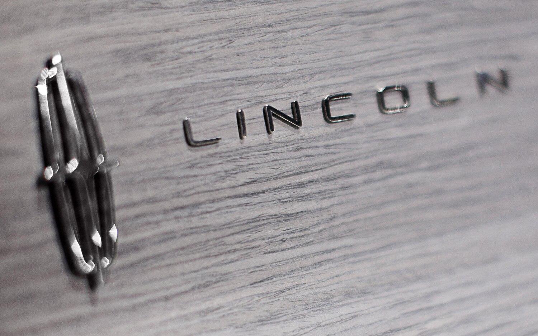 Lincoln Badge1