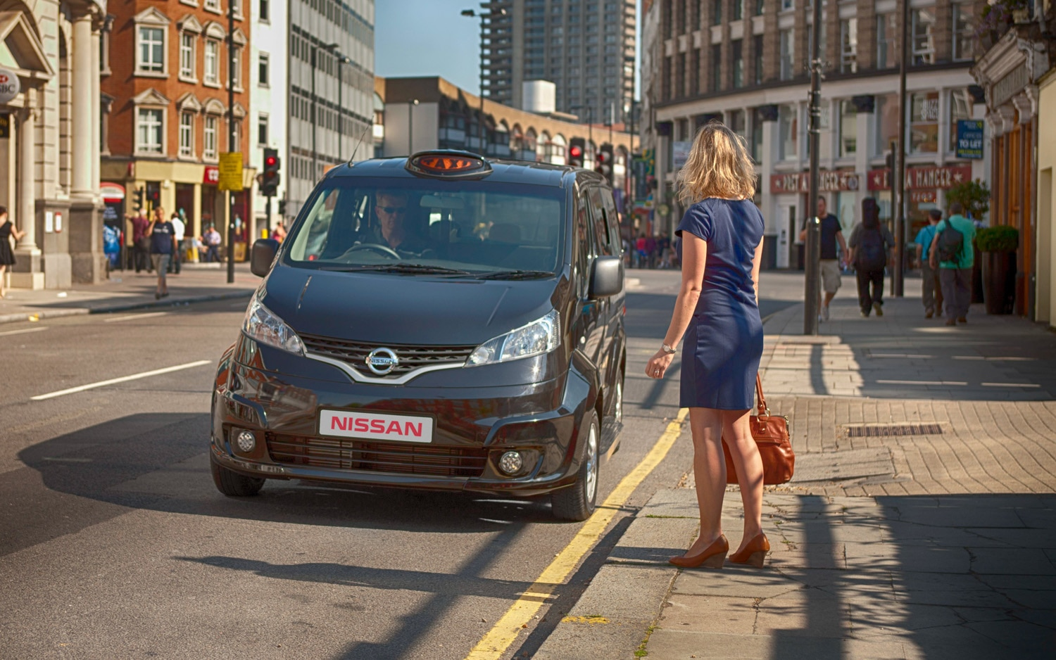 Nissan NV200 London Taxi Front View1