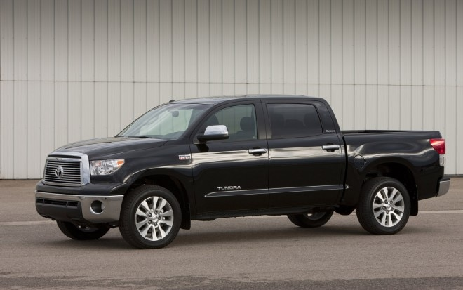 2010 Toyota Tundra CrewMax Front Three Quarter 11 660x413