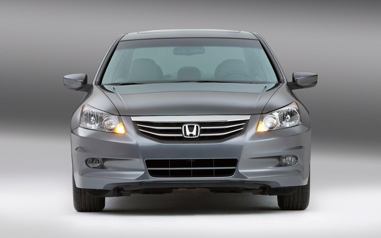 2012 Honda Accord EX L V 6 Front View1