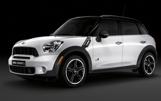2012 Mini Cooper S Countryman ALL4 Front Left Side View1 660x413