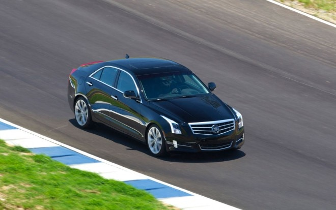 2013 Cadillac ATS Front Right Side View11 660x413