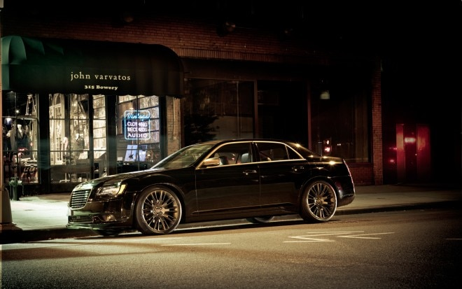 2013 Chrysler 300C John Varvatos Limited Edition Profile1 660x413