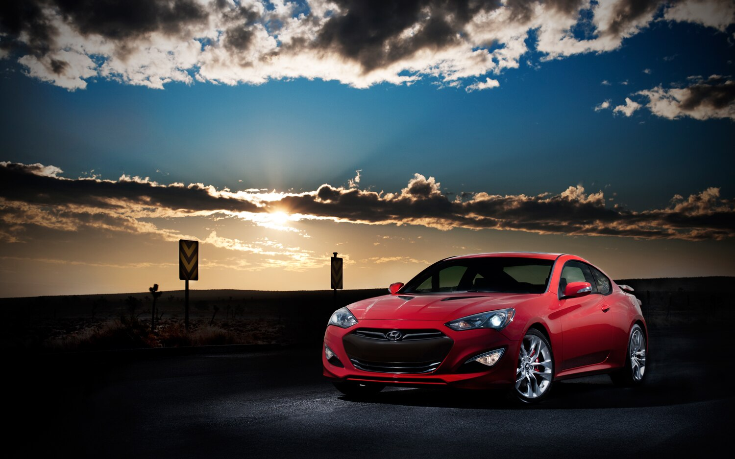 2013 Hyundai Genesis Coupe Front Left Side View 21