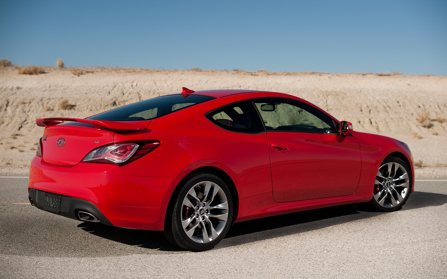 2013 Hyundai Genesis Coupe 2 0t Editors Notebook