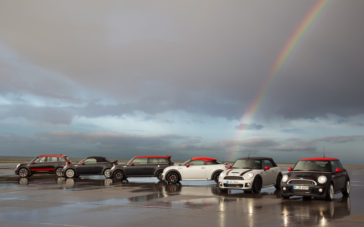 2013 Mini Cooper John Cooper Works Group Shot 11