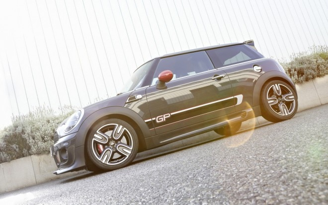 2013 Mini JCW GP Left Side View Sun1 660x413